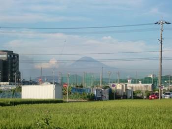 0807雪のない富士山.JPG